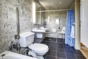 Mole End Bathroom